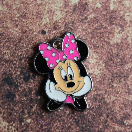 | Emaille Minnie Mouse