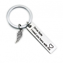 'Drive safe I need you here with me' sleutelhanger met engelenvleugel